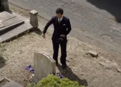 ヴィットリオが墓参り